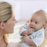 Первый год жизни ребенка. Детское развитие и уход