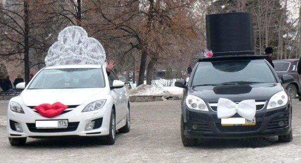 Оригинальное украшение машин на свадьбу фото