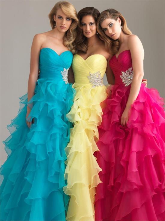 Фото самые красивые платья на выпускной из 4 класса