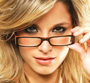 Очки. Как подобрать форму очков?