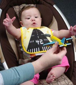 Слюнявчик. Как сделать детский слюнявчик своими руками?