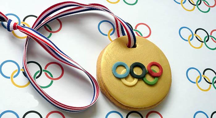 Медали для гостей. Как сделать медали своими руками?