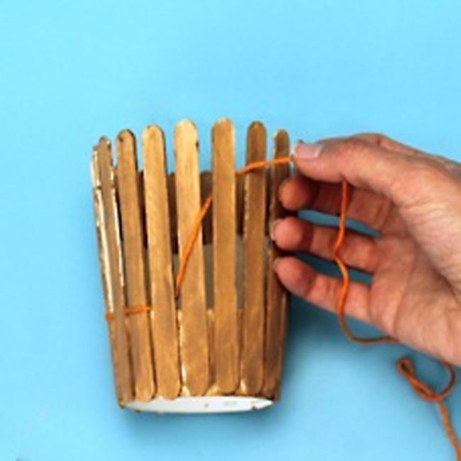 Как сделать подставку для ручек из дерева своими руками