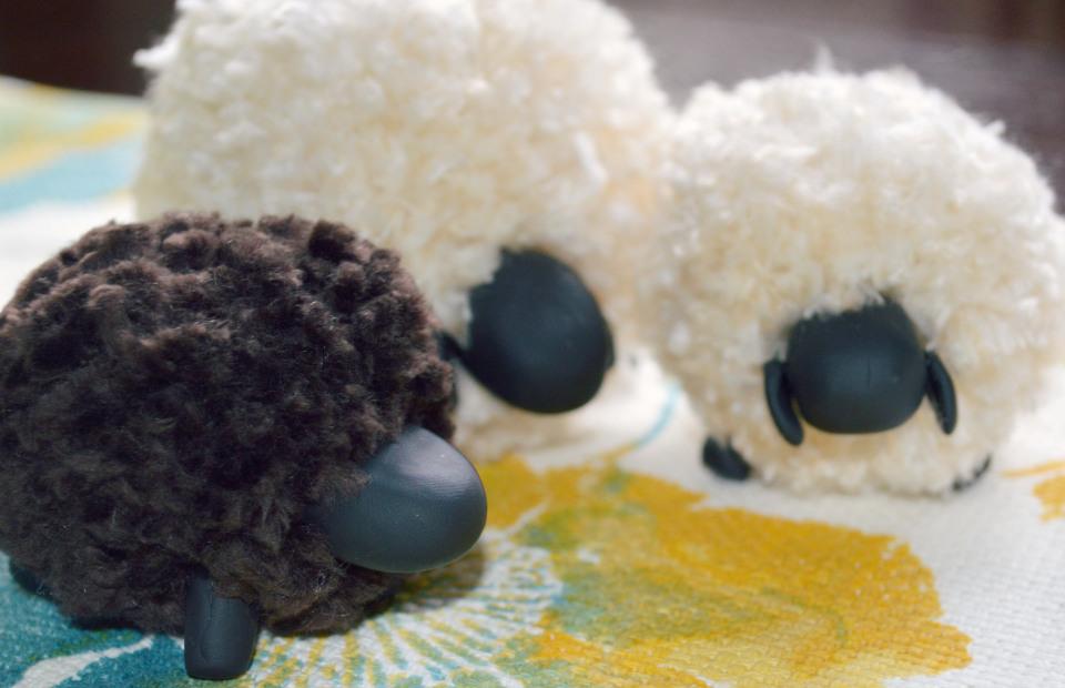 Овечка из ниток своими руками. Как сделать овечку? Новостной портал вТЕМУ - всегда полезная информация