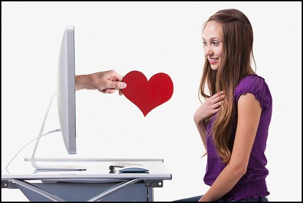 как познакомиться с девушкой по интернету вк