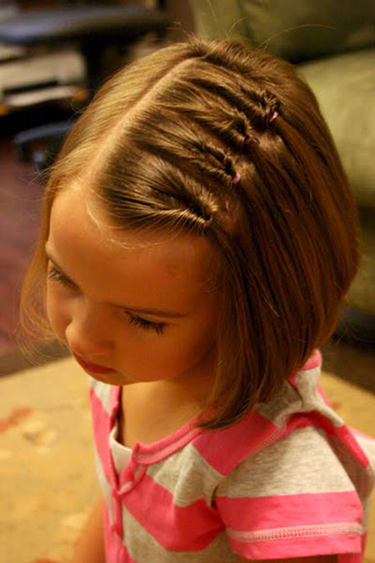 Причёски на короткие волосы на 1 сентября своими руками