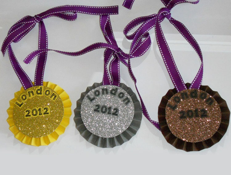 Как сделать из бумаги сделать медаль