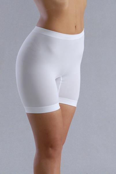 фото женщины в панталонах