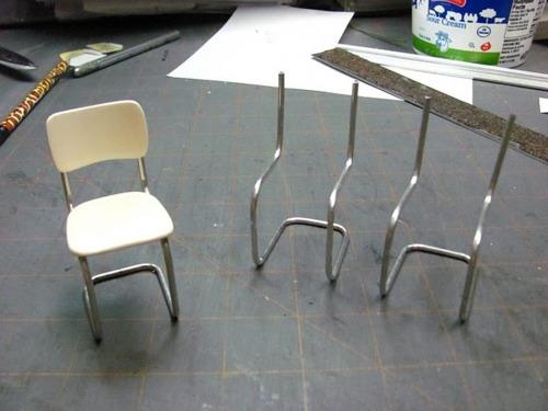Мебель для куклы. Как сделать кукольные стулья, табуретки, шезлонг, компьютерный стол своими руками?