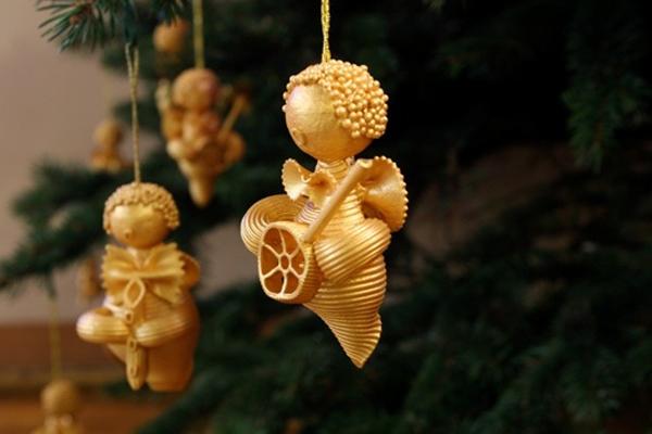 Поделки из макарон к Новому году своими руками