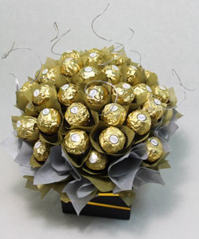 Букет из конфет и роз своими руками
