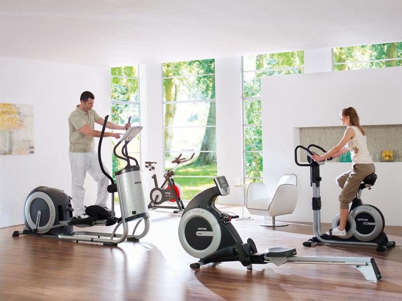 Тренажеры для дома: эллиптические тренажеры, беговая дорожка и велотренажер