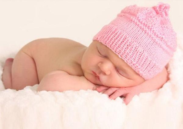 Одежда для новорожденных. Какая одежда нужна новорожденному?