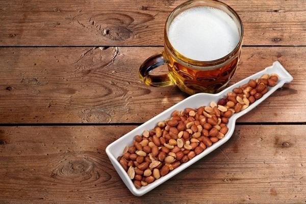 Закуски к пиву: рецепты, фото. Что приготовить к пиву?