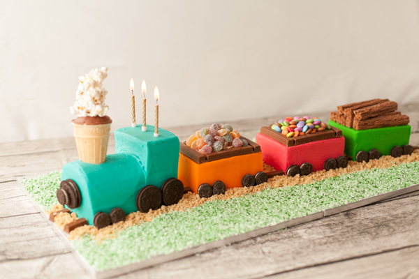 Детский торт: Торт Поезд. Как сделать торт Поезд своими руками?