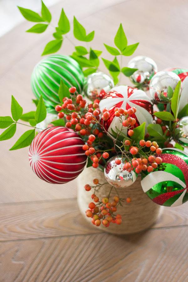 Новогодняя композиция с конфетами своими руками