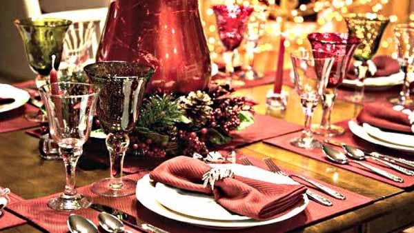 Что должно быть на Новогоднем столе 2016? Новогодний стол 2016: украшение, идеи, советы, фото и видео