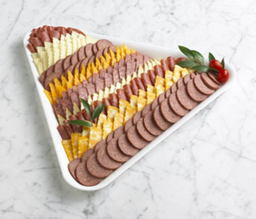 Мясная нарезка. Оформление мясной, сырной и фруктовой нарезки к Новому году