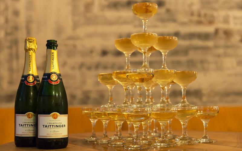 Пирамиде шампанского своими руками