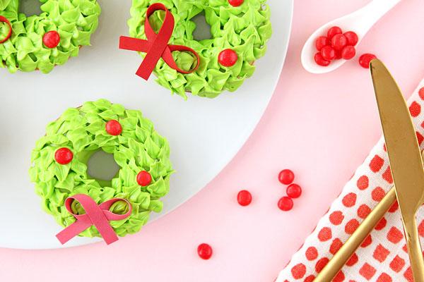 Оригинальные десерты на Новый год: фото, как украсить и подать на праздничный стол