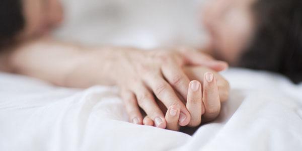 Позы во время сна. О чем говорят позы, в которых мы спим с любимыми?