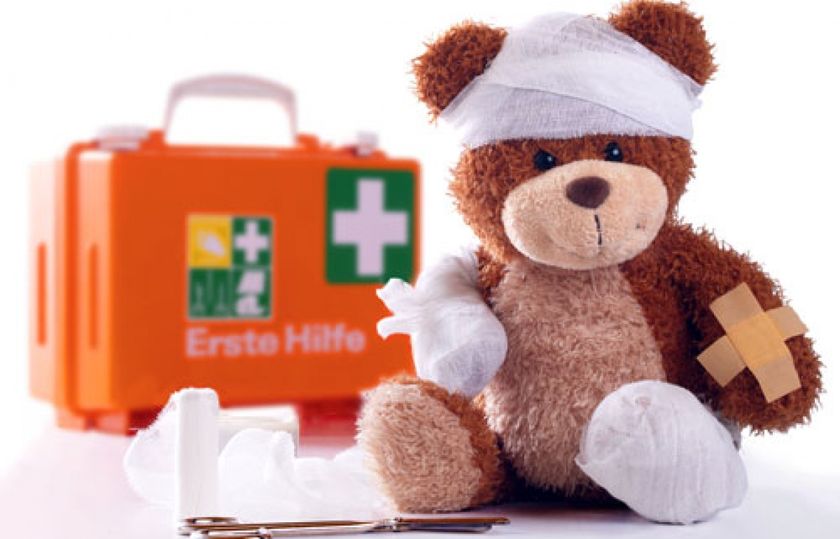 Оказание первой медицинской помощи при потере сознания, переохлаждении, инсульте, укусах, сердечном приступе, травме головы и тепловом ударе