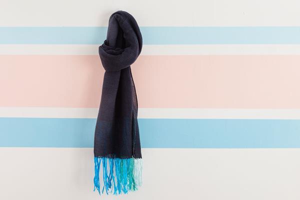 Как украсить шарф? Как украсить шарф своими руками?
