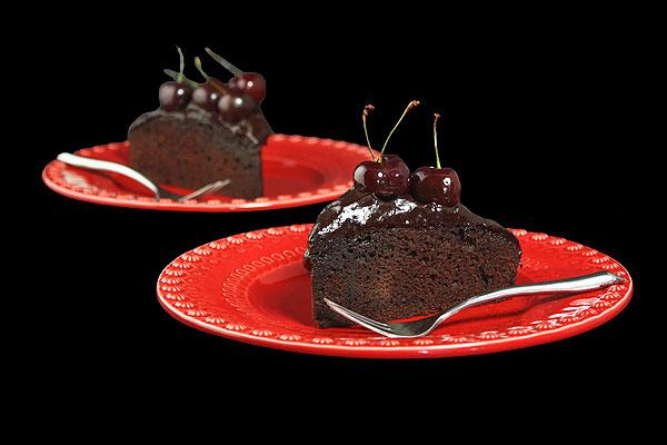Как украсить торт черешней или вишней своими руками?