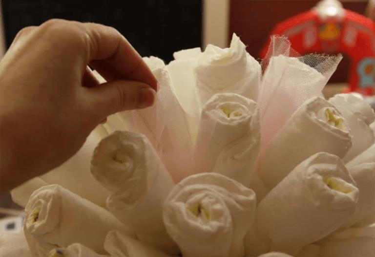 Цветок из памперсов своими руками 76
