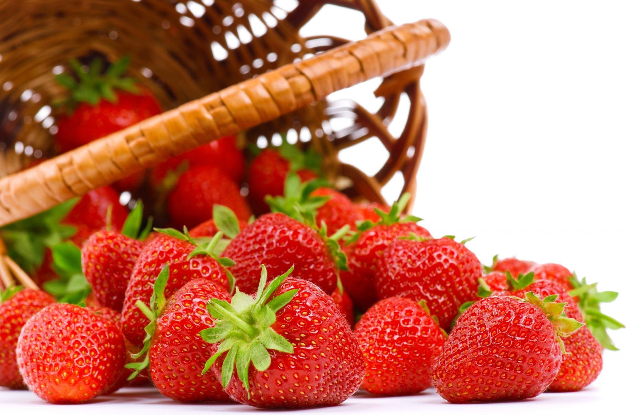 Клубника. Как правильно выбрать клубнику в магазине или на рынке?