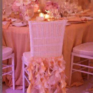 Украшение зала на свадьбу. Как украсить стулья?