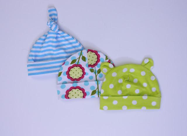 Детская летняя одежда. Детская панамка и летние пинетки своими руками