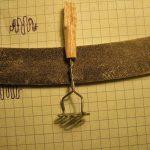 Что сделать для кукол Монстр Хай? Кухонные ножи, терки и черпаки для куклы своими руками