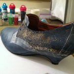 Старые туфли: как обновить старые туфли при помощи блесток?