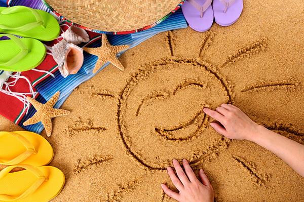 Игры для детей летом на пляже: подвижные и развивающие