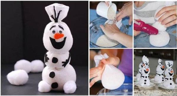 Снеговик своими руками: как делать Снеговика из носка?