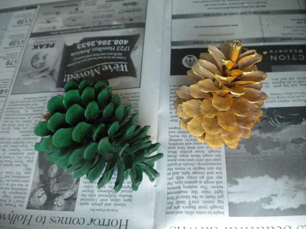 Елка из шишек: новогодние поделки своими руками