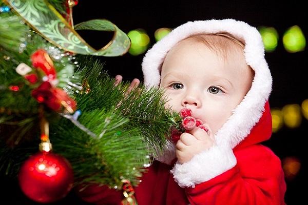 Как подарить подарок ребенку на Новый год?