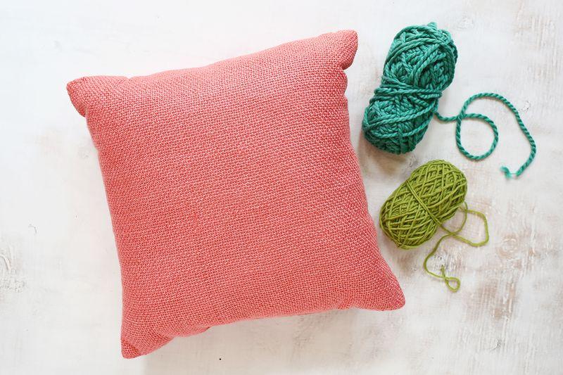 Декоративные подушки своими руками: диванные подушки с бахромой