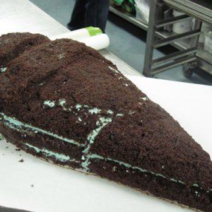 Торт мороженое: как украсить торт в виде мороженого?