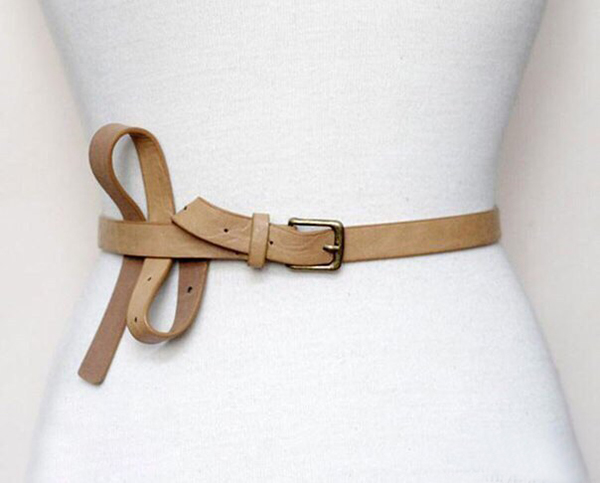Как завязывать ремень? Красивые способы завязывать ремень на платье
