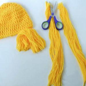 Вязаные шапки для девочек: идеи вязаных шапок, шапки с волосами, шапки с ушками