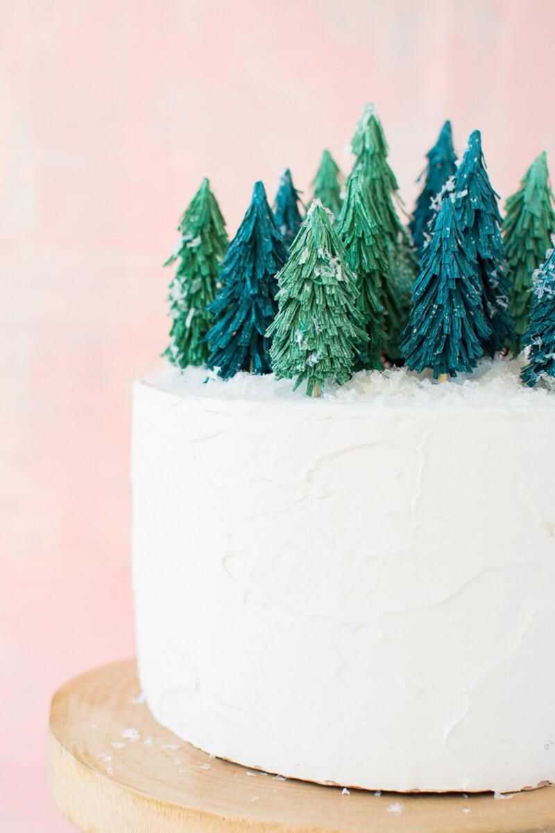 Рождественский торт. Как украсить торт на Рождество оригинально?