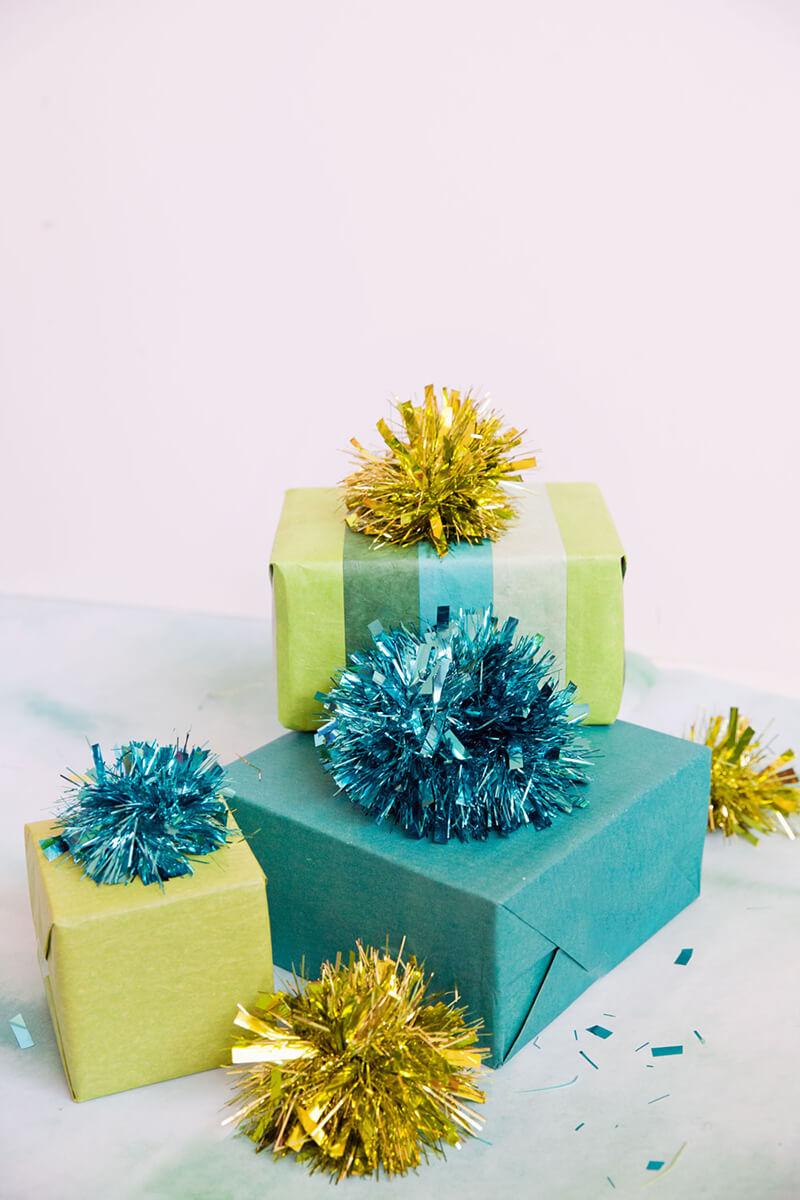 Упаковка для новогодних подарков. Как упаковать новогодний подарок своими руками?