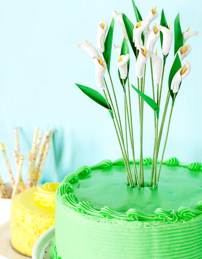 Украшение тортов в домашних условиях: Каллы своими руками из макарон