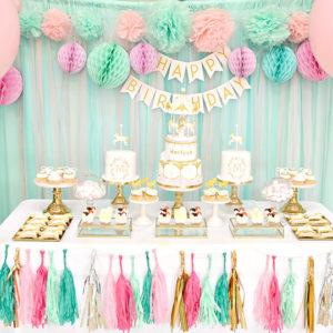Украшение стола на День Рождения своими руками: фото, идеи и советы