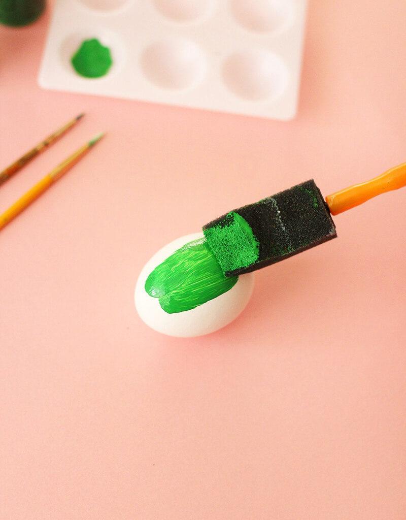 Как оригинально покрасить яйца на Пасху? Пасхальные яйца в виде кактусов своими руками