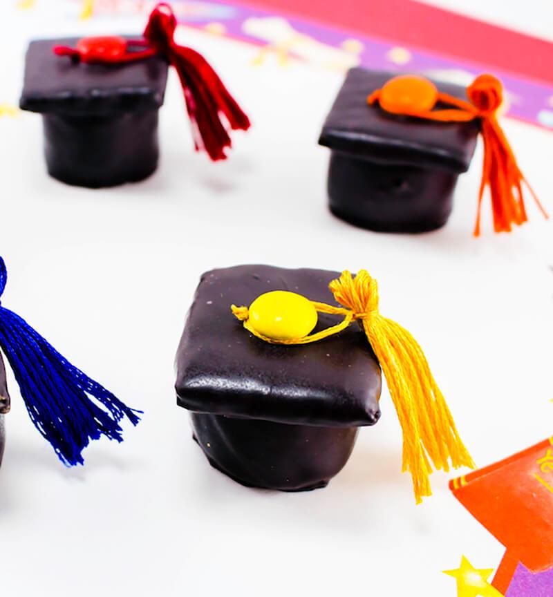Пирожные на выпускной. Шоколадная конфедератка своими руками