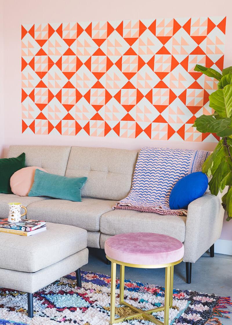 Как украсить комнату своими руками недорого и оригинально?