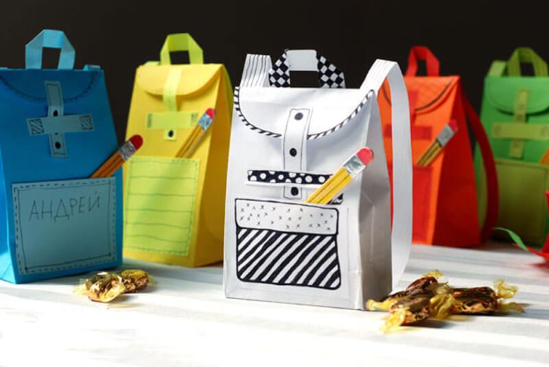 Открытка рюкзак из бумаги